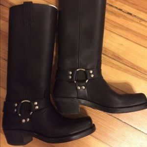 Frye Harness Boots sz 8